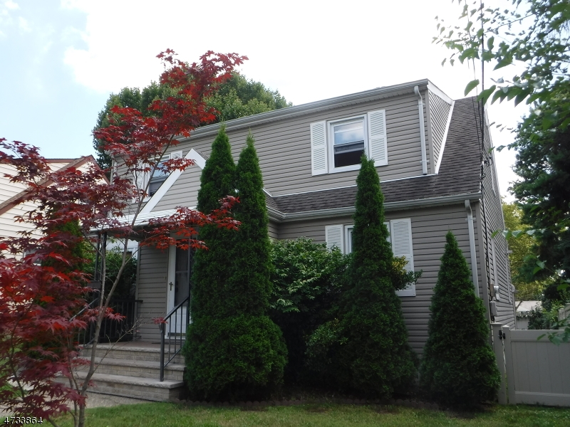 Einfamilienhaus für Verkauf beim 189 Willet Street 189 Willet Street Passaic, New Jersey 07055 Vereinigte Staaten