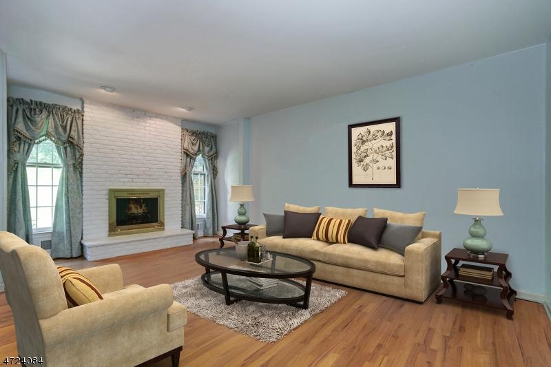 独户住宅 为 出租 在 14 Essex Drive Mendham, 新泽西州 07945 美国