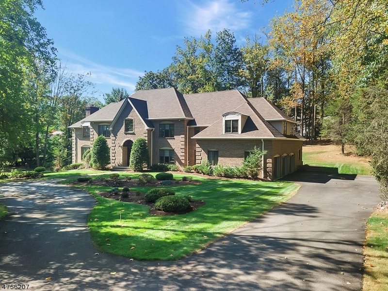 Single Family Home for Sale at 21 Chestnut Ridge Road Saddle River, New Jersey 07458 United States