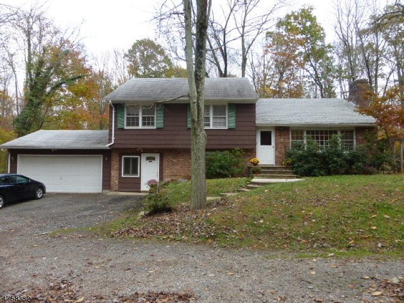 Casa Unifamiliar por un Alquiler en 134 Liberty Corner Road Warren, Nueva Jersey 07059 Estados Unidos