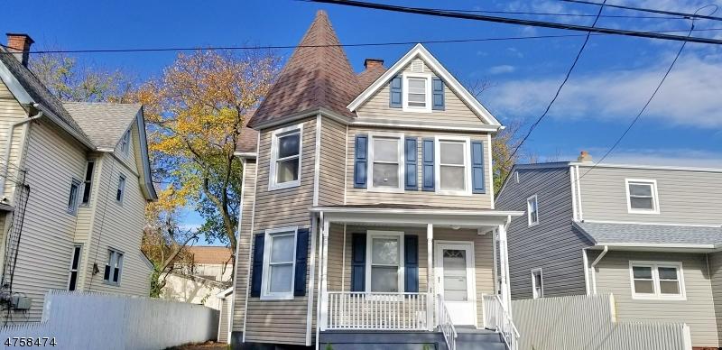 Частный односемейный дом для того Продажа на 625-27 E 6TH Street 625-27 E 6TH Street Plainfield, Нью-Джерси 07060 Соединенные Штаты