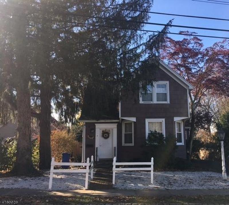 Частный односемейный дом для того Продажа на 5 New Street Mendham, Нью-Джерси 07945 Соединенные Штаты