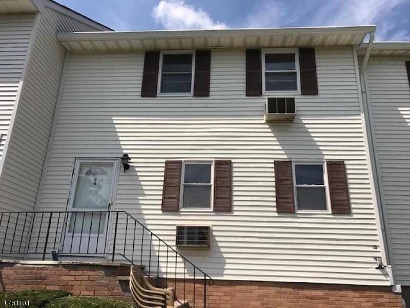 Частный односемейный дом для того Аренда на 322 Richard Mine Road Rockaway, Нью-Джерси 07885 Соединенные Штаты