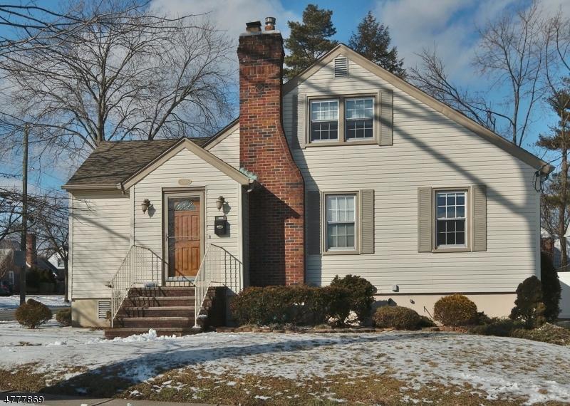 Частный односемейный дом для того Продажа на 4-01 17th St, 1X Fair Lawn, Нью-Джерси 07410 Соединенные Штаты