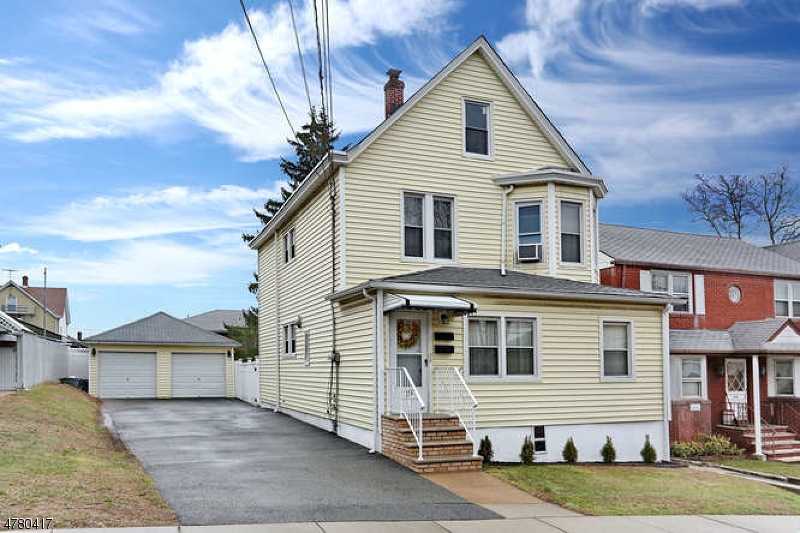 Многосемейный дом для того Продажа на 274 Palisade Avenue Garfield, Нью-Джерси 07026 Соединенные Штаты