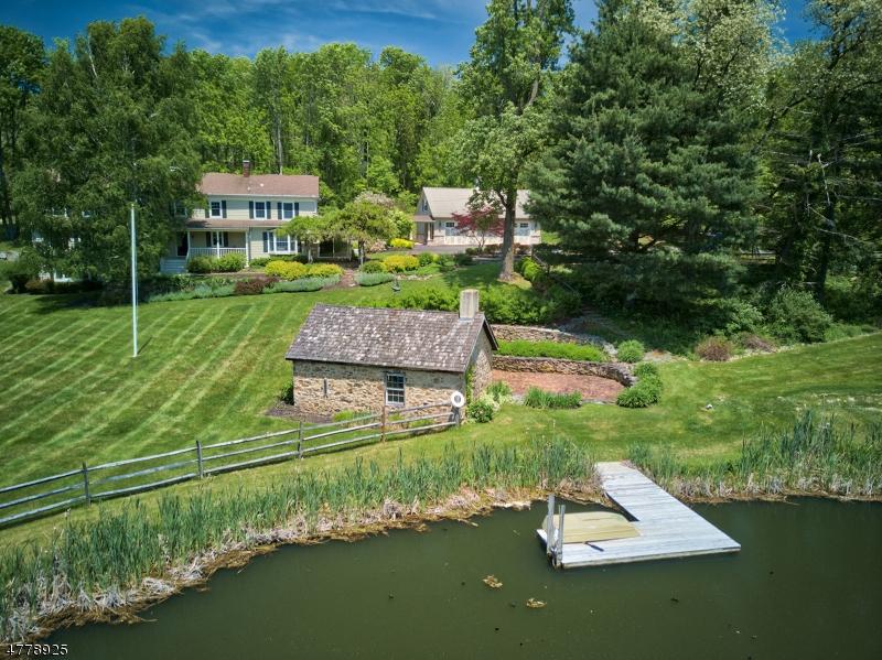 独户住宅 为 销售 在 82 Haytown Road 克林顿, 新泽西州 08833 美国