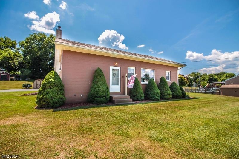 獨棟家庭住宅 為 出售 在 533 VULCANITE Avenue Alpha, 新澤西州 08865 美國
