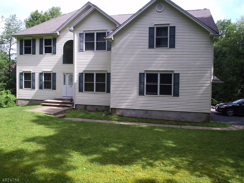 Single Family Home for Sale at 23 PERONA RD 23 PERONA RD Andover Township, New Jersey 07821 United States