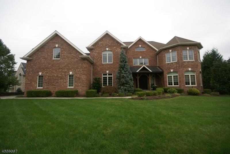 Частный односемейный дом для того Продажа на 116 LIBERTY RIDGE Trail Totowa, Нью-Джерси 07512 Соединенные Штаты