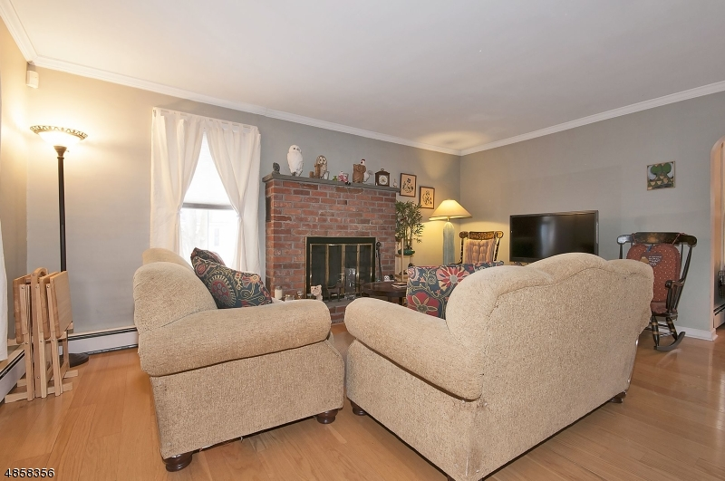 Single Family Home for Sale at 109 BRUNSWICK Avenue Bloomsbury, New Jersey 08804 United States