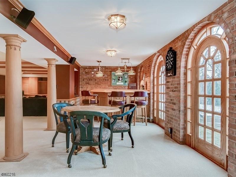 Additional photo for property listing at 62 RENSSELAER Road  Essex Fells, Nova Jersey 07021 Estados Unidos