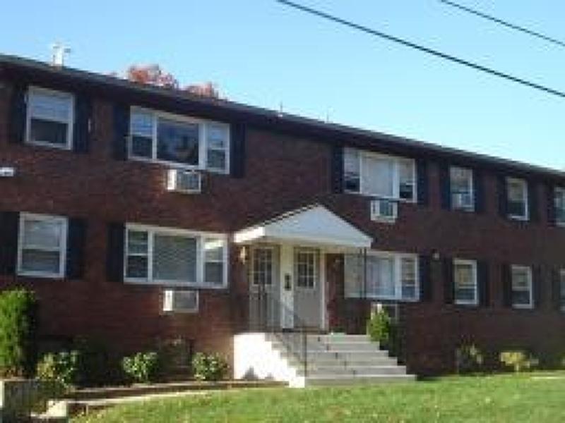 公寓 / 联排别墅 为 出租 在 200 Harvey 哈克特斯镇, 新泽西州 07840 美国