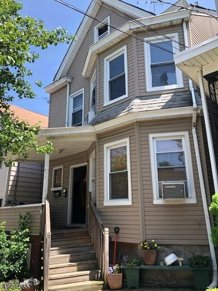 Multi-Family Homes للـ Sale في Prospect Park, New Jersey 07508 United States