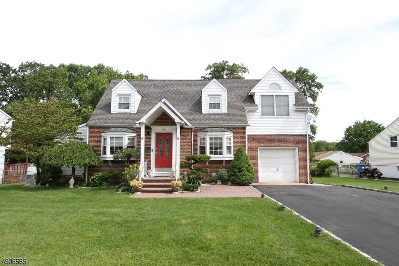 Single Family Homes för Försäljning vid Woodbridge, New Jersey 07067 Förenta staterna