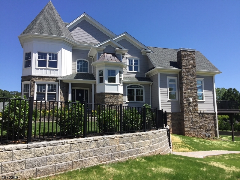 Condo / Townhouse for Sale at Warren, New Jersey 07059 United States