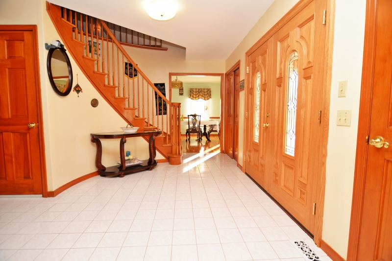Additional photo for property listing at 53 New Hampton Road  Washington, Нью-Джерси 07882 Соединенные Штаты