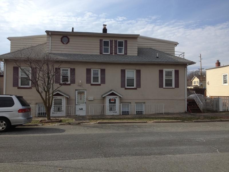 Многосемейный дом для того Продажа на 349 Ralph Street Belleville, 07109 Соединенные Штаты