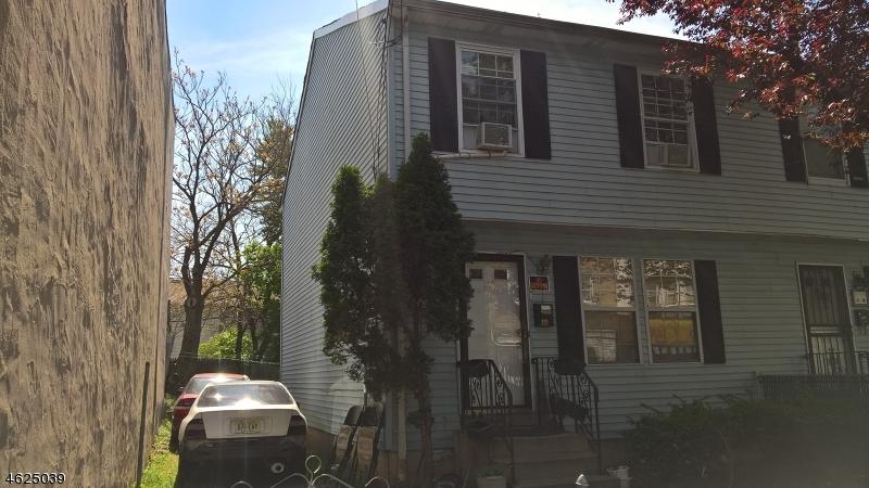 Casa Unifamiliar por un Venta en 116-118 N MAIN Street Paterson, Nueva Jersey 07522 Estados Unidos