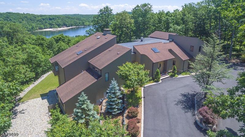 Частный односемейный дом для того Продажа на 15 Joanna Way Butler, 07405 Соединенные Штаты