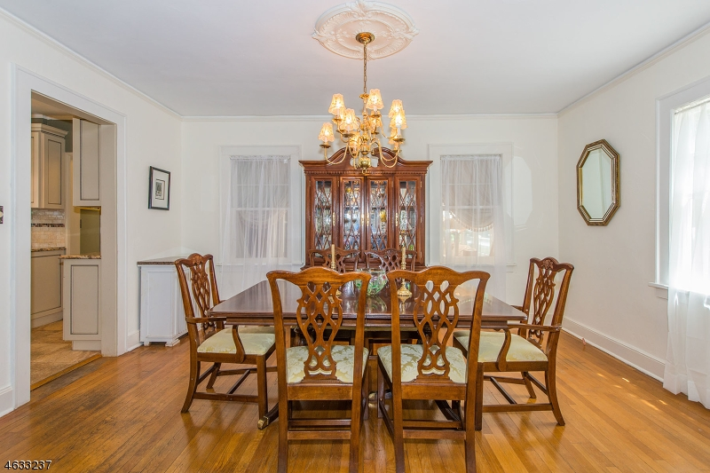 Additional photo for property listing at 17 Norwood Ter  Millburn, New Jersey 07041 United States