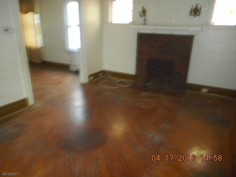 Additional photo for property listing at 22 Normandy Place  Irvington, 新泽西州 07111 美国