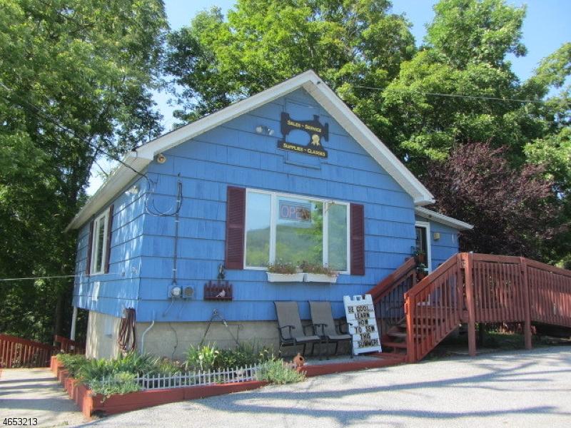 Commercial pour l Vente à 99 ROUTE 94 Vernon, New Jersey 07462 États-Unis