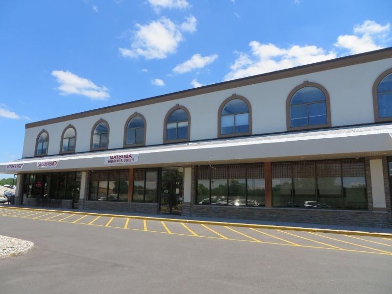 Commercial pour l Vente à 450 Amwell Road Hillsborough, New Jersey 08844 États-Unis