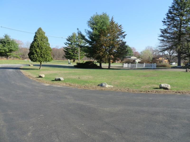 Additional photo for property listing at 410 Lake Shore North  Montague, Нью-Джерси 07827 Соединенные Штаты
