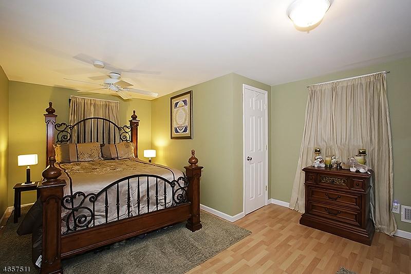 Additional photo for property listing at 40 Milton Avenue  Summit, Нью-Джерси 07901 Соединенные Штаты