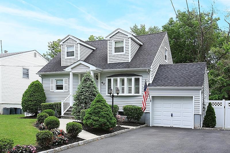 Частный односемейный дом для того Продажа на 40 Milton Avenue Summit, Нью-Джерси 07901 Соединенные Штаты