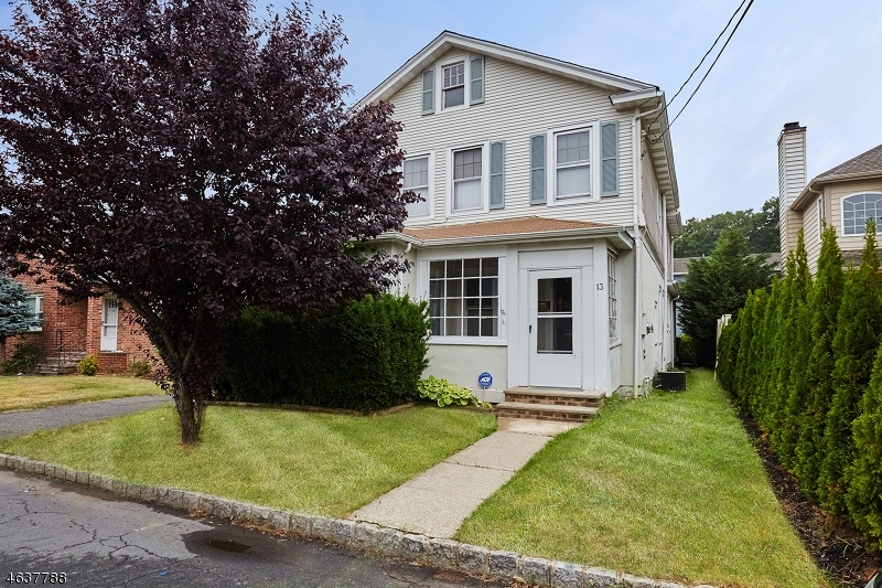 Additional photo for property listing at 13 Orchard Street  Millburn, New Jersey 07041 États-Unis
