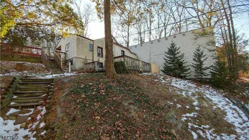Частный односемейный дом для того Продажа на 362 Mount Arlington Blvd Landing, 07850 Соединенные Штаты