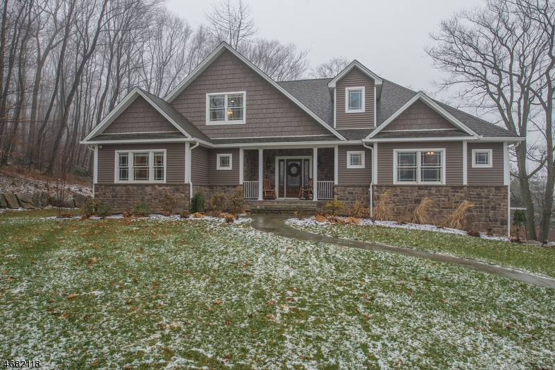 Single Family Home for Sale at 1 Poulos Place Denville, 07834 United States