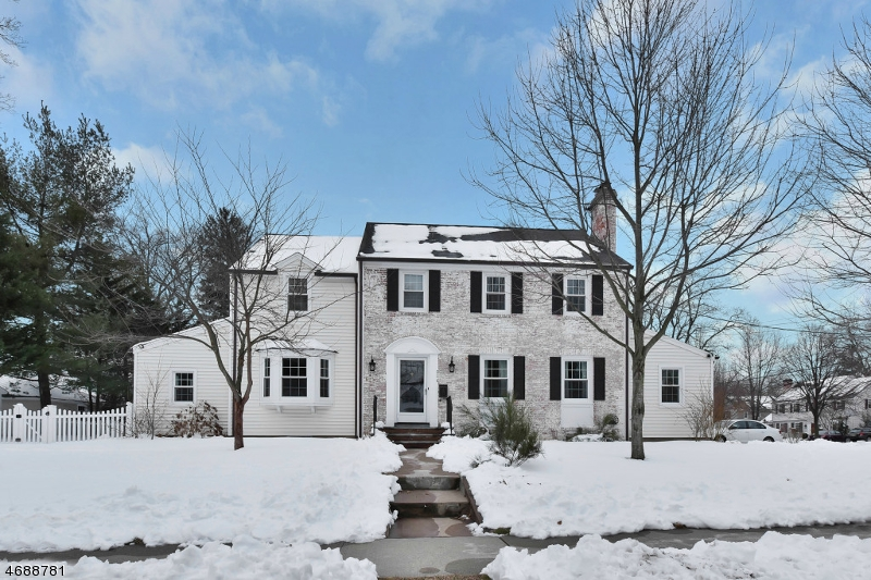 Single Family Home for Sale at 214 Fairfield Avenue Ridgewood, New Jersey 07450 United States