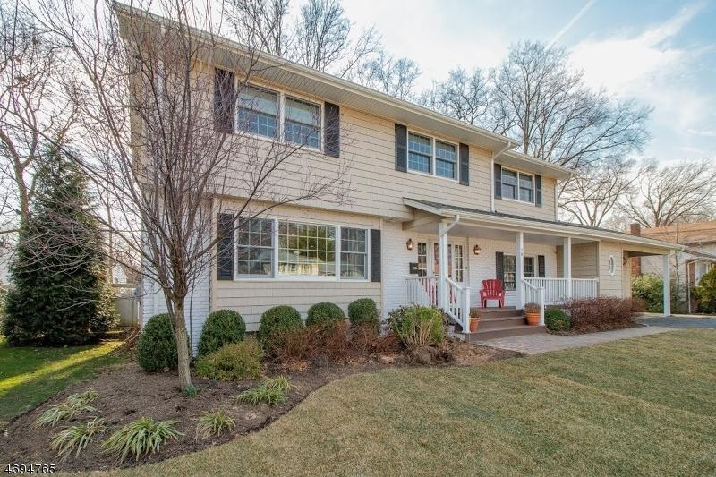 Частный односемейный дом для того Продажа на 18 Woodside Road Springfield, 07081 Соединенные Штаты