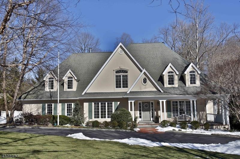 独户住宅 为 出租 在 29 N Saddle Brook Drive 凯尤斯, 新泽西州 07423 美国