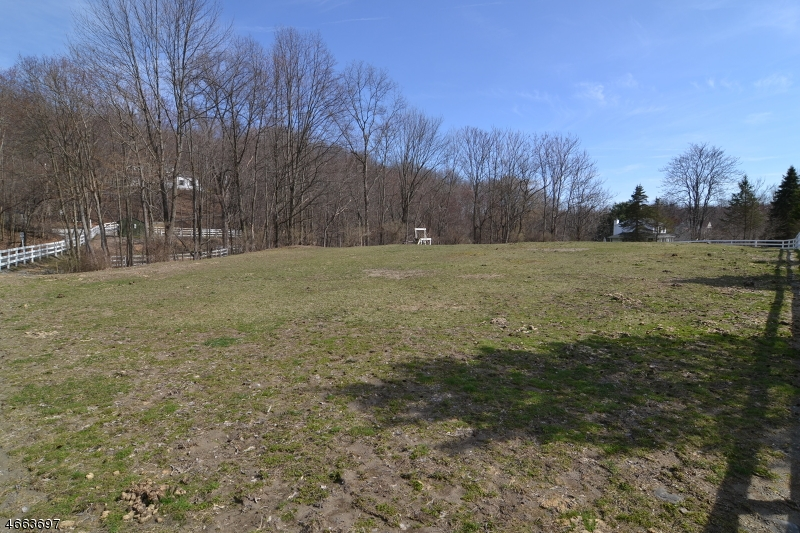 Additional photo for property listing at 11 Estate Drive  Wantage, Nueva Jersey 07461 Estados Unidos