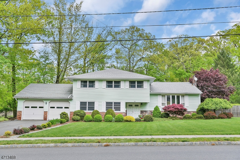 Single Family Home for Sale at 34 Stonybrook Road West Caldwell, 07006 United States