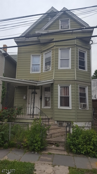 Additional photo for property listing at 488 E 24th Street  Paterson, Νιου Τζερσεϋ 07514 Ηνωμενεσ Πολιτειεσ
