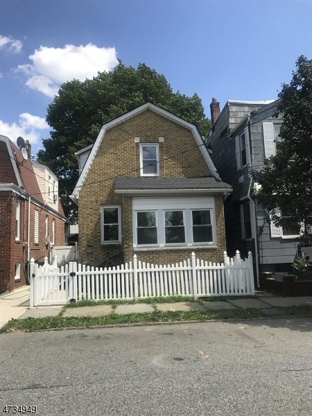 Single Family Home for Sale at 104 Brighton Ave , Kearny, 07032 United States