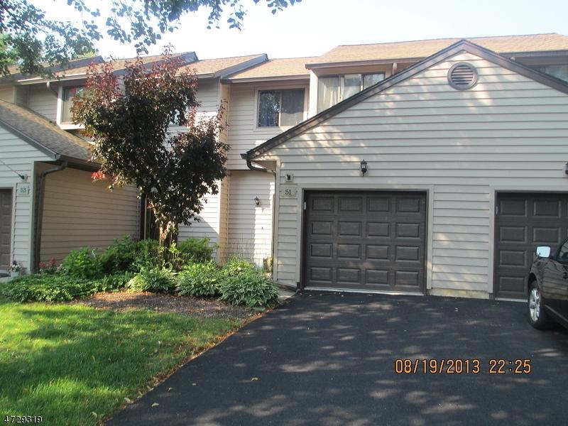 Casa Unifamiliar por un Alquiler en 51 Eagle Drive Hampton, Nueva Jersey 07860 Estados Unidos