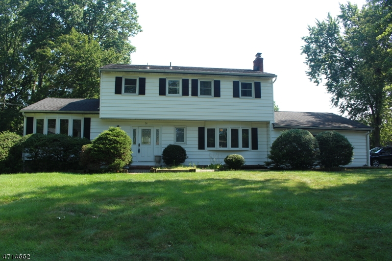 Single Family Home for Rent at 36 Eastbrook Rd , Parsippany, New Jersey 07054 United States