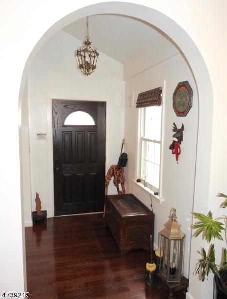 独户住宅 为 出租 在 7500 2nd Avenue 北伯根, 新泽西州 07047 美国