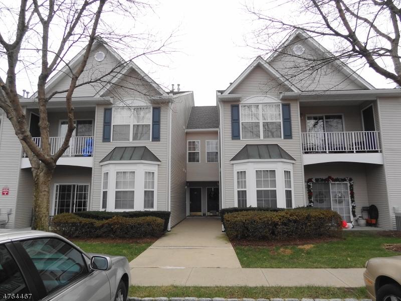 獨棟家庭住宅 為 出售 在 346 Cambridge Drive Butler, 新澤西州 07405 美國