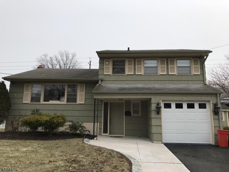独户住宅 为 销售 在 328 Reindel Place Roselle Park, 新泽西州 07204 美国