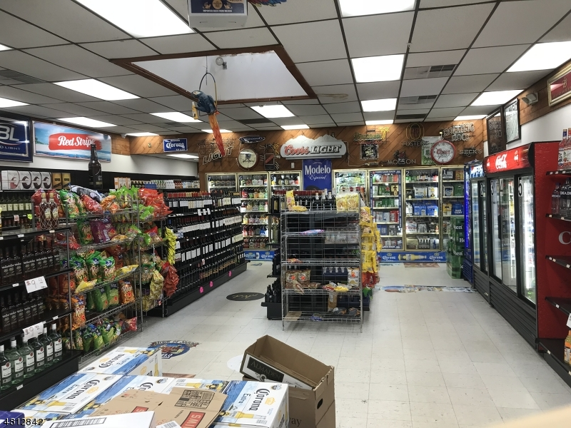 Commercial for Sale at 808 SPRING Street Elizabeth, New Jersey 07201 United States