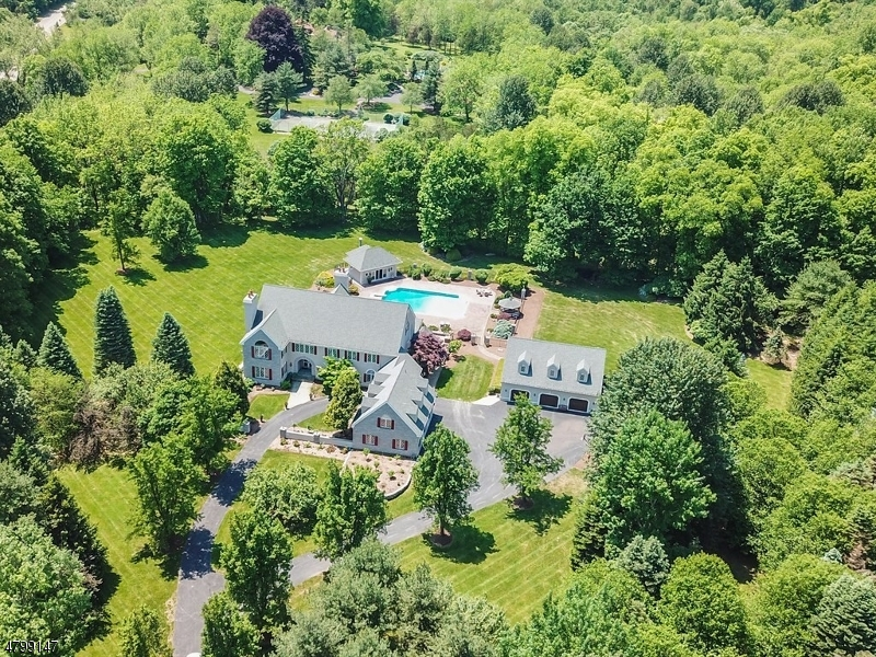 Single Family Home for Sale at 29 PEQUEST RD Green Township, New Jersey 07821 United States