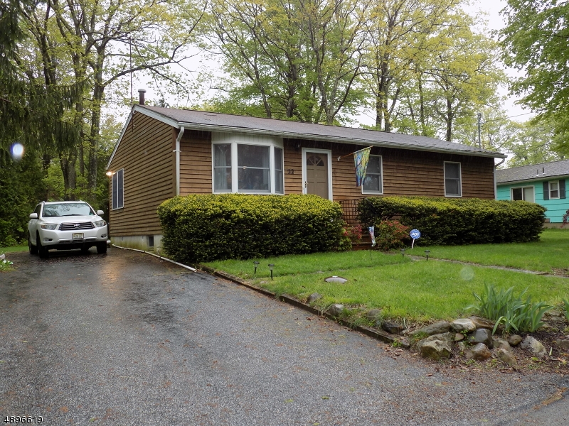 Single Family Home for Sale at 22 PARADISE TRL Vernon, New Jersey 07460 United States