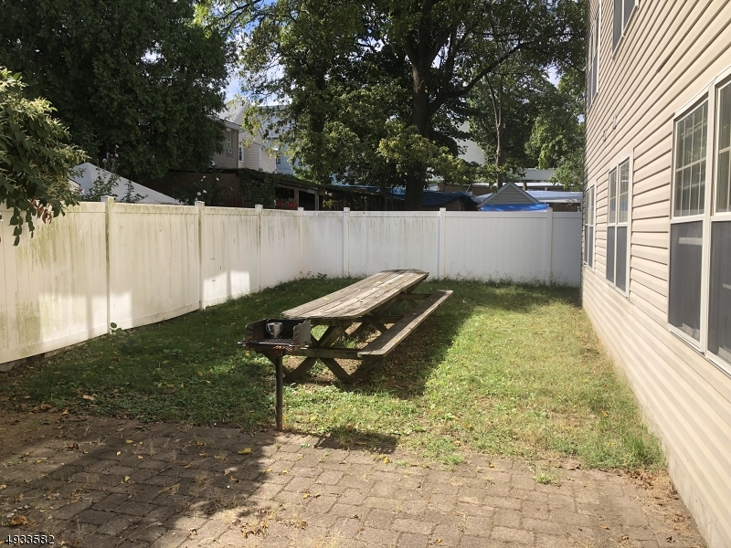 Additional photo for property listing at  Passaic, New Jersey 07055 Hoa Kỳ