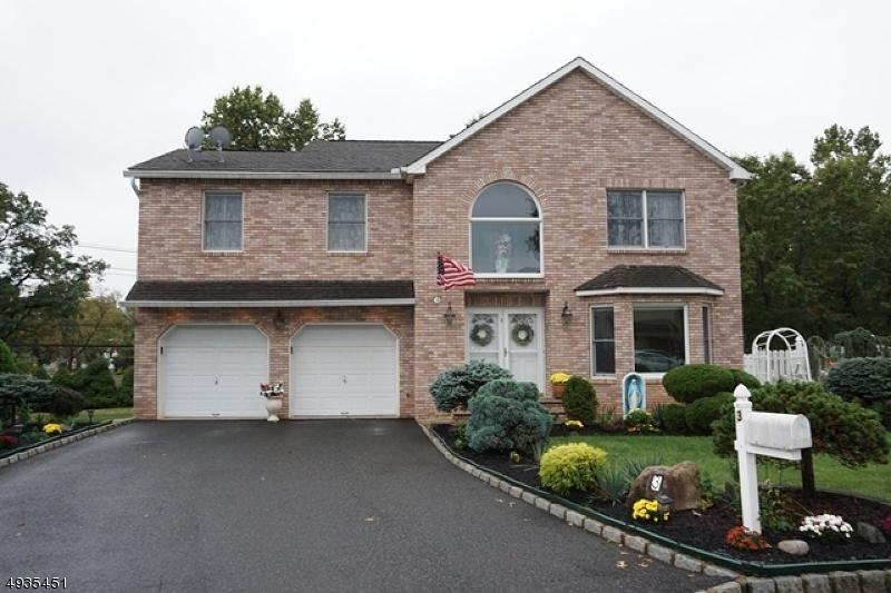 Single Family Homes för Försäljning vid Clark, New Jersey 07066 Förenta staterna